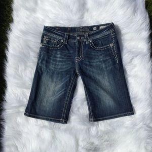Miss Me Boyfriend Bermuda Jean Shorts Size 26